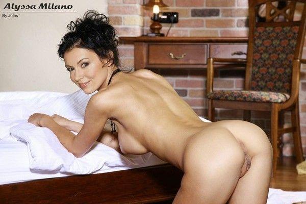 Alyssa Milano Nude in Poison Ivy 2 - YouPorncom